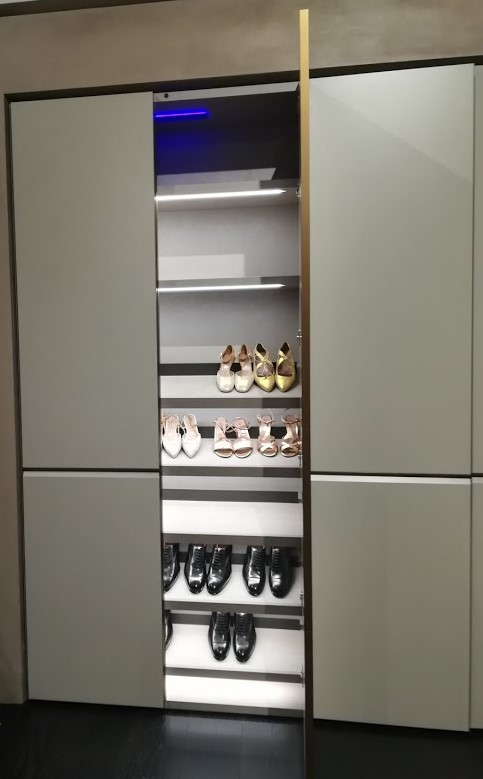 Armadio porta scarpe